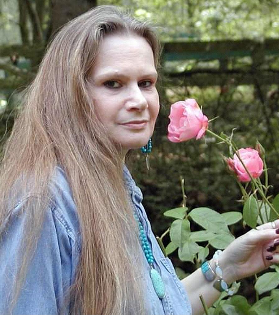 image of Deanne Hudson